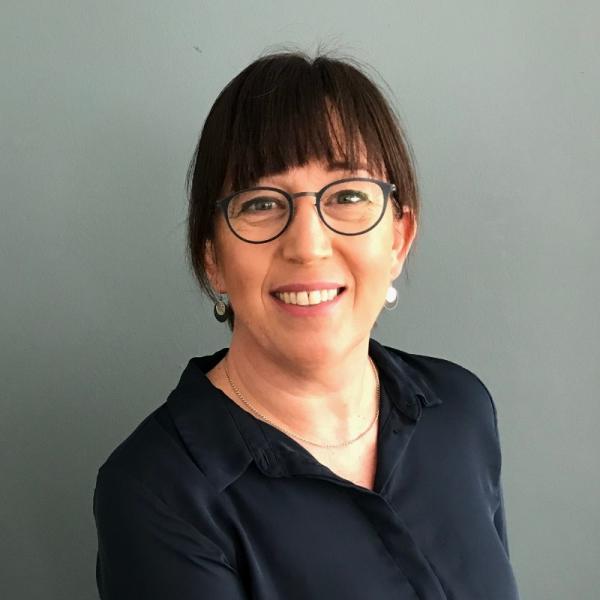 Marjolijn Donkers geeft de teamscholing transactionele analyse en schoolontwikkeling