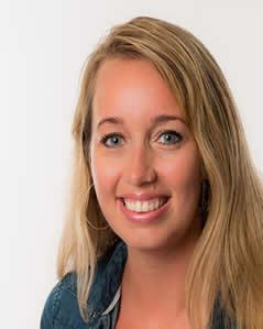 Anita Dijkstra.Anita is maatschappelijk werkster en is verlies specialist.