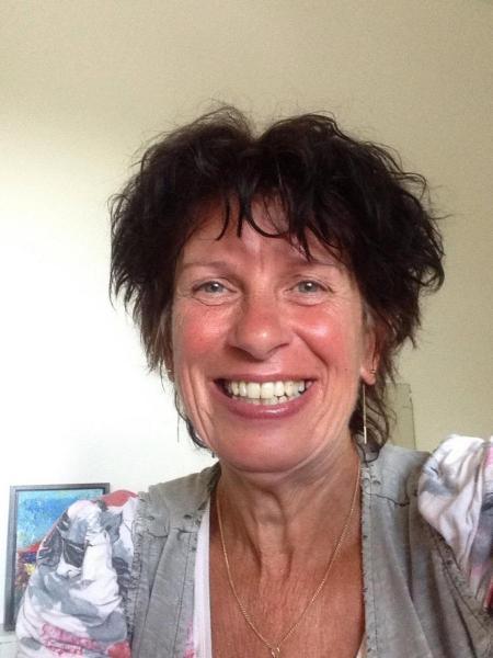 Janny van Reenen is docent dramalessen bij onderwijsbureau Semko