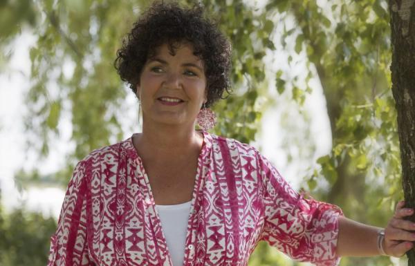 Mettalinna Baarda geeft een workshop met als onderwerp echtscheiding.