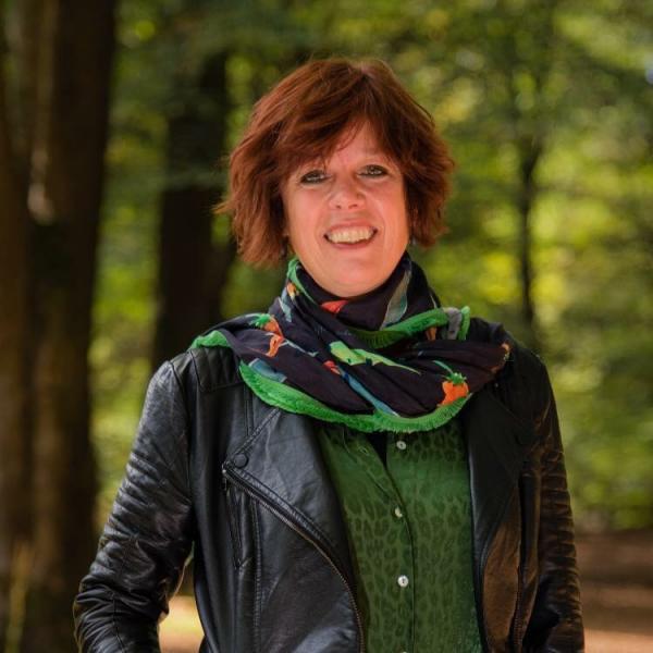 Mirjam Veltman is leefstijl en gezondheidscoach. Ze geeft workshops aan kinderen en leerkrachten.